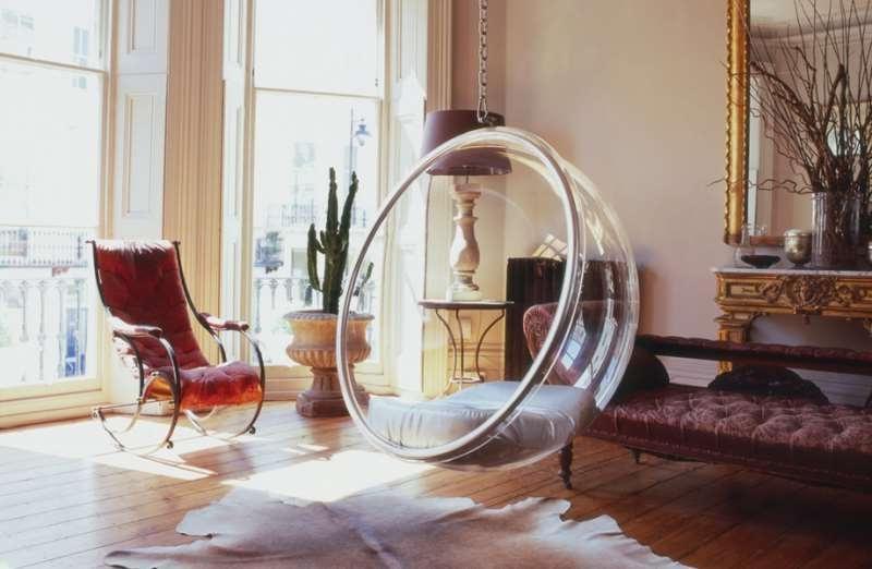 Прозрачное кресло